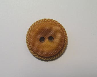 Button round vintage 25 mm, yellow gold, synthetic, 2 holes.