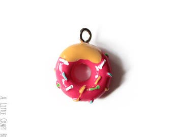 3 charm miniature donut with Strawberry