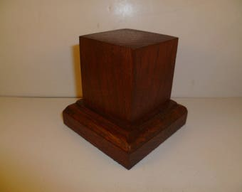 Made with beech and oak schc4 for figurines square wood base