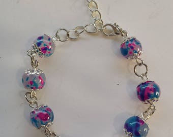 BLUE GLASS BEAD BRACELET / TRANSPARENT PINK