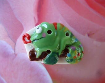 button Chameleon porcelain small lizard bean sewing or collecting