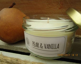 Pear & vanilla scented soy candle