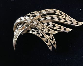 Vintage Signed Monet Flowing Feather Brooch