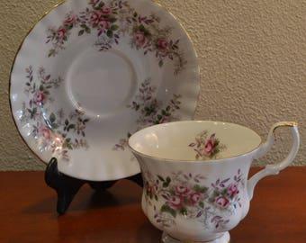 Vintage Royal Albert Lavender Rose Tea Cup & Saucer with Pink Rose Floral Motif