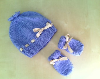 Wool Hat and mittens for baby girl handmade lilac decorated with satin ribbon ivory-baby wool suit-romantic style
