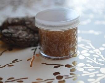 Organic Nutmeg & Honey Lip Scrub