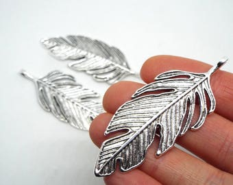 1x Large leaf Pendant Silver Coloured 62mm x 23mm, Antique Silver
