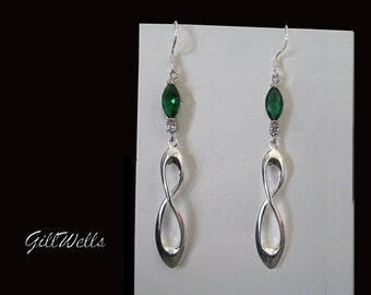 """Earrings """""""" Marquise Emerald on a silver Infinity"""""""""""