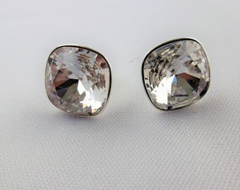 Square shaped Silver earrings