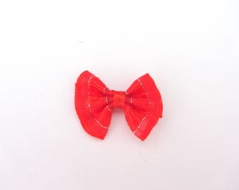 Bows in red and silver fabric