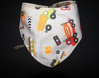 Bandana bib reversible patterns trucks and tools (gears, keys,...): fashion and practical!