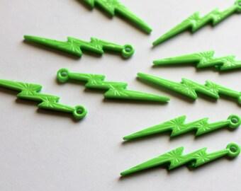 x 2 acrylic beads - lightning - green - 45 mm - Rock-