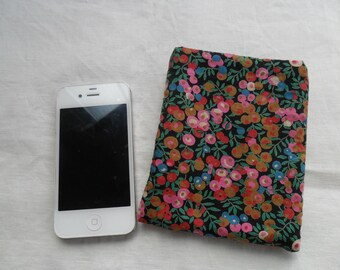 Pink floral iphone pouch