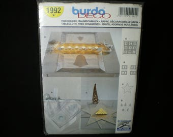 Burda deco No. 1992 tablecloth and decorating Christmas tree pattern