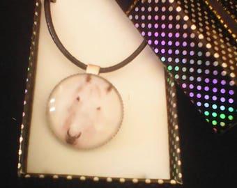 "necklace ""my white horse"" gabochon"