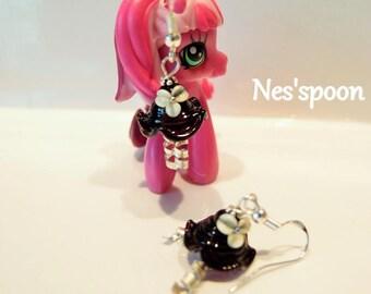 NES'spoon Earrings in spun glass / Lampwork Glass earrings