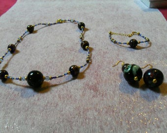 beautiful set (necklace, bracelet and earrings) Blue Navy and gold