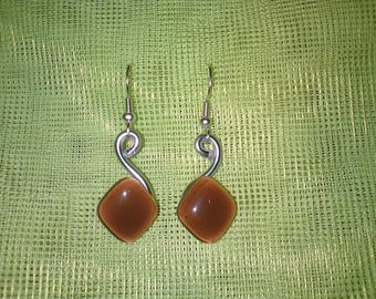 Trendy aluminum and glass piece Brown diamond-shaped earrings unique