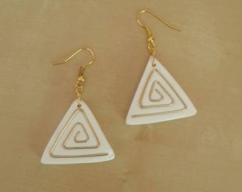 White earrings, triangle pyramid spiral brass