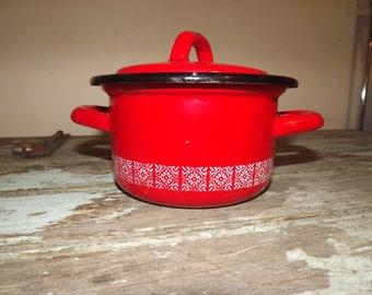 French Vintage Red Enamel Pot, French enamelware, Japy dish, Retro, Kitchen Ware