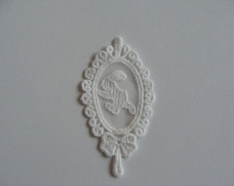 Rabbit flat 4 * 8 cm oval white cotton lace embroidery applique