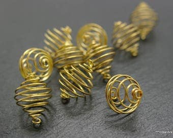 10 spring beads 15 mm gold