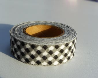 3.50 meters of masking tape ruban sticker black and white small square