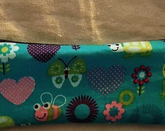 Small cosmetic bag or pens