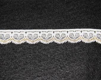 Gold lace pattern