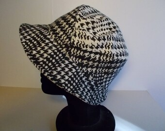 Black and white houndstooth wool fabric Hat