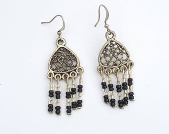 Earrings black and transparent beads
