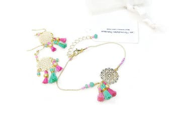 Set bracelet earrings Bohemian chic in pink and green and gold fine print