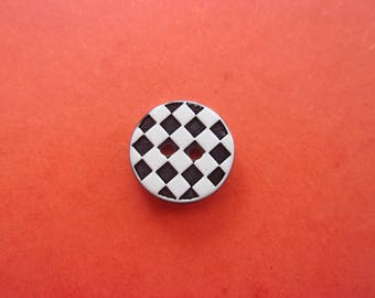 Button resin black and white patterns, 2 holes - 1.2 cm