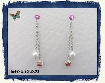 """White and flowered pendant earrings - silver chain earrings - pearl glass pearls and porcelain beads """"flowers"""""""