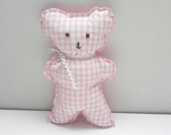 Pink gingham fabric blanket