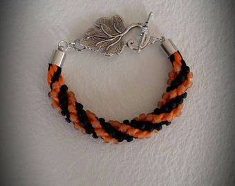 Black and orange beaded bracelet