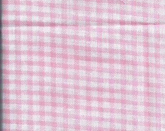 Pink gingham fabric and white (45 x 45 cm) 100% cotton