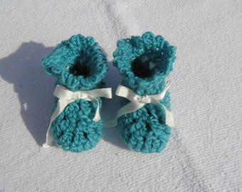 baby booties 3-6 months baby crocheted blue wool and satin ribbon