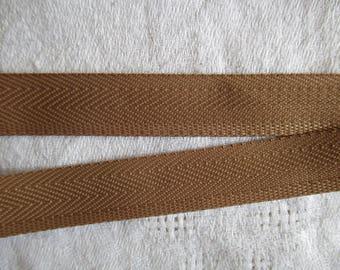 4.5 meters heel beige terylene polyester in height 1.5 cm