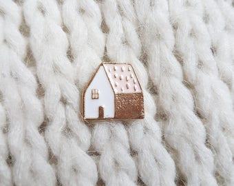 Enamel pin, badge, button, cute little pink house