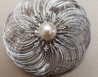 Vintage Silver Wire Pearl Brooch Pin