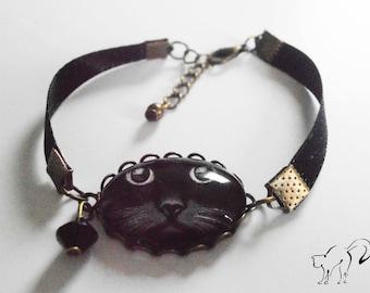 Black Ribbon Bracelet / bronze cabochon black cat - black faceted bead