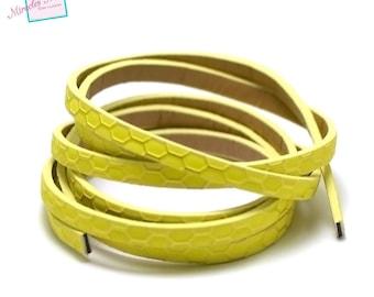 "1.15 m Strip split leather 5 x 2 mm ""honeycomb 2"", Canary yellow"
