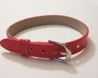 Red faux leather 22cm long bracelet