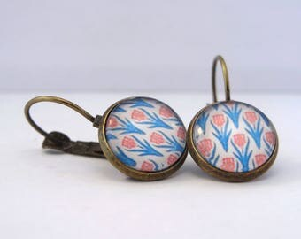 Retro red and blue flowers cabochon earrings