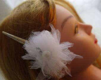 Silver and tule accent hair clip