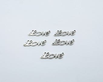"""""""Love"""" BR76 - Set of 5 charms between two silver metal"""