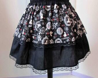 Skirt Alice in Wonderland red details