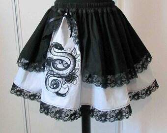 Snakes light grey embroidered skirt