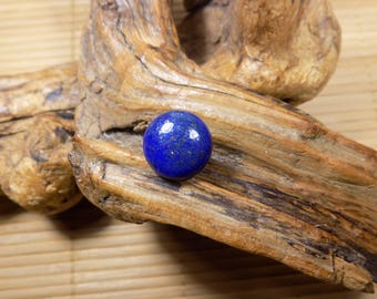 Lapis lazuli on 925 sterling silver ring